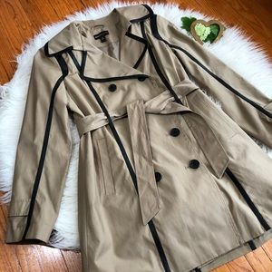 Dana Buchman Size M Double Breasted Trench Coat